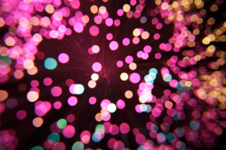 Pink fibre optics